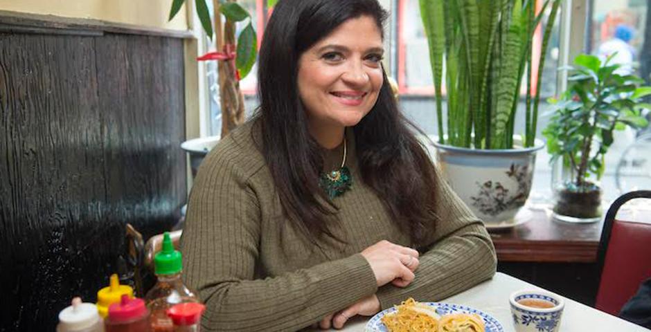 Nominee - Food Network's Fix Me a Plate: Nom Wah Tea Parlor (Season 1, Episode 4)